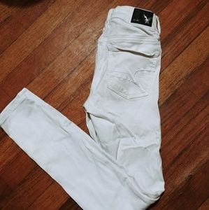 American Eagle outfitters white jeans